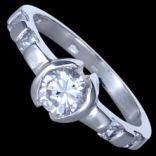 Prstene s kameňmi - Prsteň strieborný, CZ, s očkom