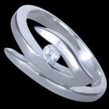 Prstene s kameňmi - Prsteň strieborný, CZ, tvar V
