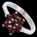 Prstene s kameňmi - Prsteň strieborný, granát, kvet