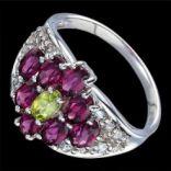 Prstene s kameňmi - Prsteň strieborný, rhodolit granát, peridot, biely topás, luxusný