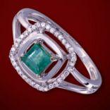 Diamantové prstene - Prsteň zlatý, diamanty, smaragd